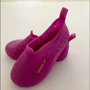 Girls Speedo water shoes